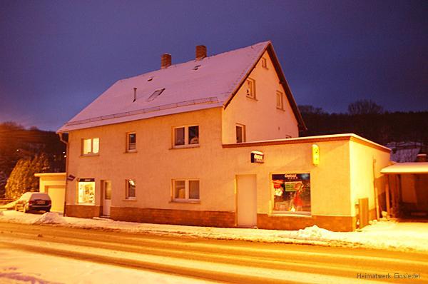 Einsiedler Hauptstr. 83 im Dezember 2005 (früher Milch HO)