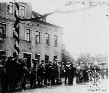 Radrennen in Einsiedel.