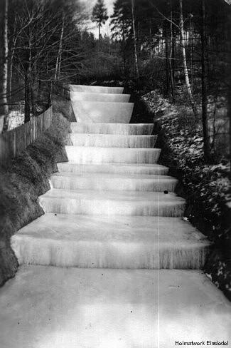 Kaskade unter Eis 1954