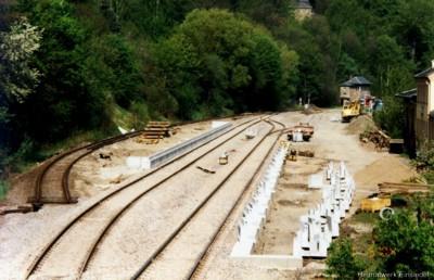 Errichtung neuer Bahnsteige
