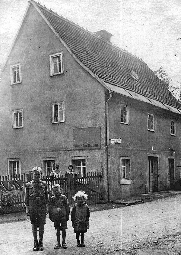 Friseur Poser & Tischlerei Franz Möckel, später Fisch-Möckel
