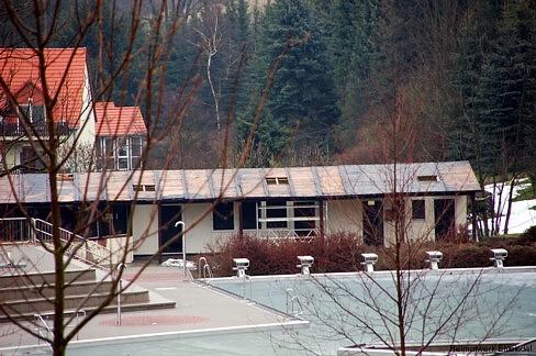Gebäudeabriss im Einsiedler Freibad 2009