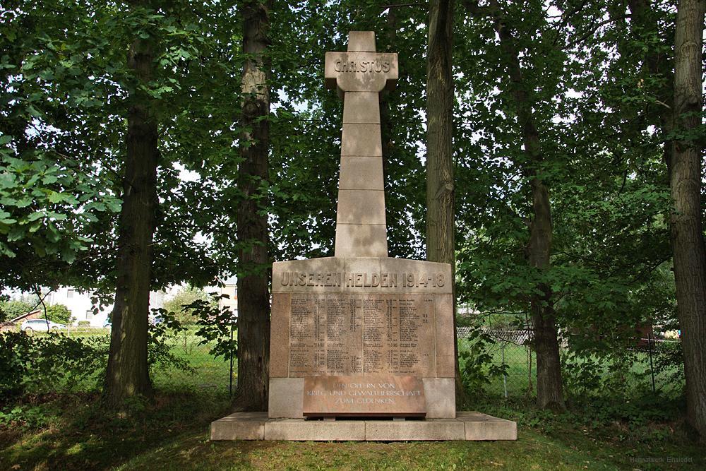Das Kriegerdenkmal Einsiedel am 6. August 2017