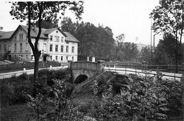 Einsiedler Hauptstraße 3