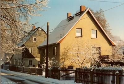 Häuser LIndenstraße 1 & 3 im Winter 1990
