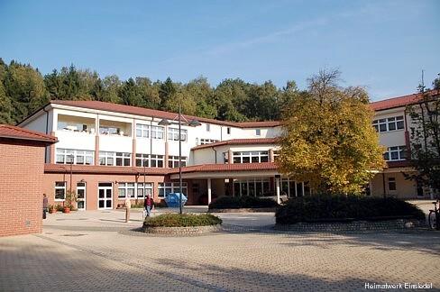 Gymnasium Einsiedel Oktober 2005
