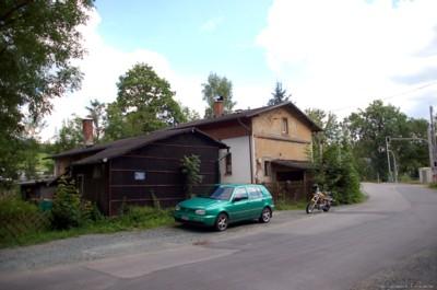 Ehemaliges Bahnhäuschen an der Kurt-Franke-Straße in Einsiedel 2007