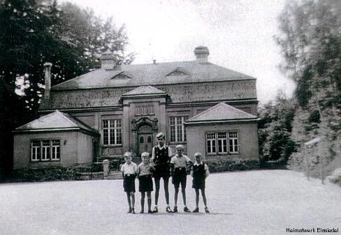 Turnhalle der Einsiedler Schule mit KLV-Kindern