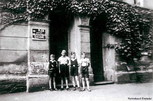 KLV-Lager in der Alten Schule in Einsiedel