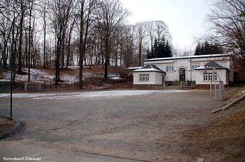 Schulhof und Schulturnhalle Einsiedel 2012