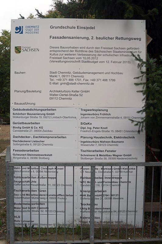 Bautafel an der Grundschule Einsiedel 2014