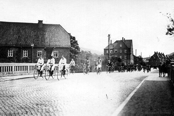 Reichsstraße 1 und 7 in Einsiedel