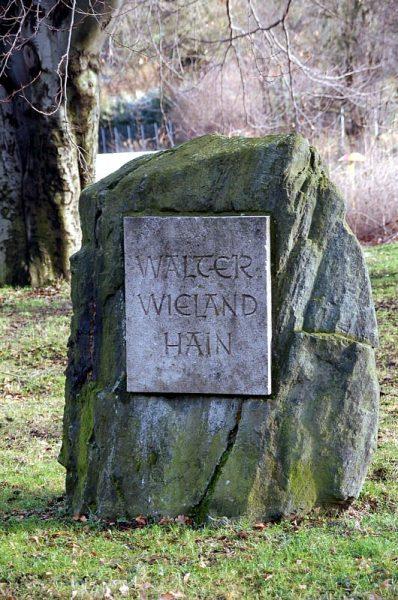 Gedenkstein Walter-Wieland-Hain, Einsiedel 2007