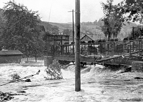 Hahn-Wehr beim Hochwasser 1954