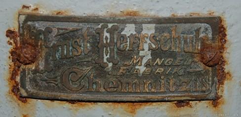 Fabrikationsschild Mangelfabrik Herrschuh, Chemnitz