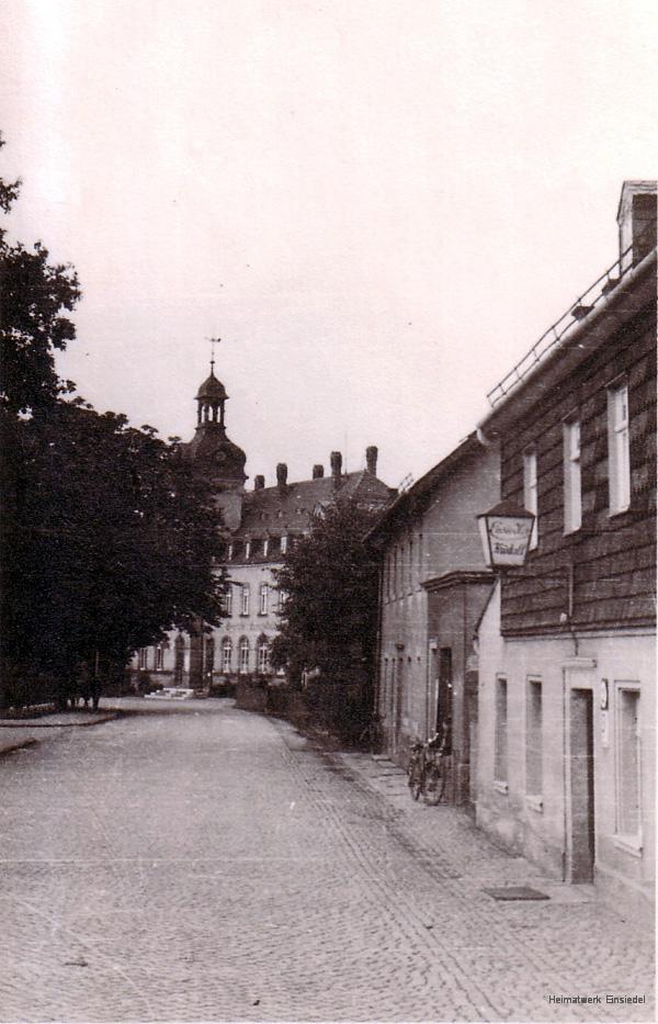 Einsiedler Hauptstraße 85