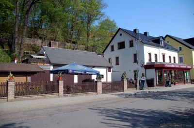 Einsiedler Hauptstr. 90 im April 2011