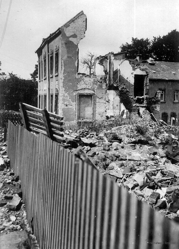 Ruinen der Einsiedler Gebäude Hauptstr. 127 und 129