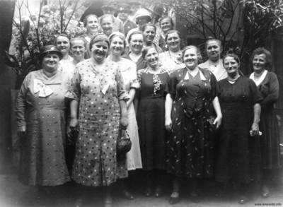 Frauen des Einsiedler Konsumverein Ende der 1920er Jahre