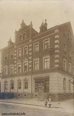 Geschäftshaus Uhrmacher Richard Uhlig in Einsiedel um 1912