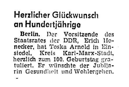 Erich Honecker gratuliert Toska Arnold zum 100sten Geburtstag