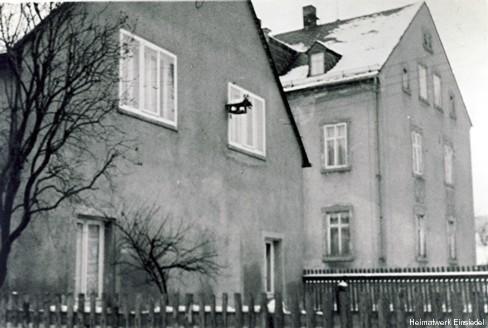 Giebelseite Hauptstr. 98 in Einsiedel, vor Aufstockung