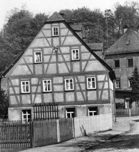 Bruno-Uhlmann-Haus (Giebelseite)