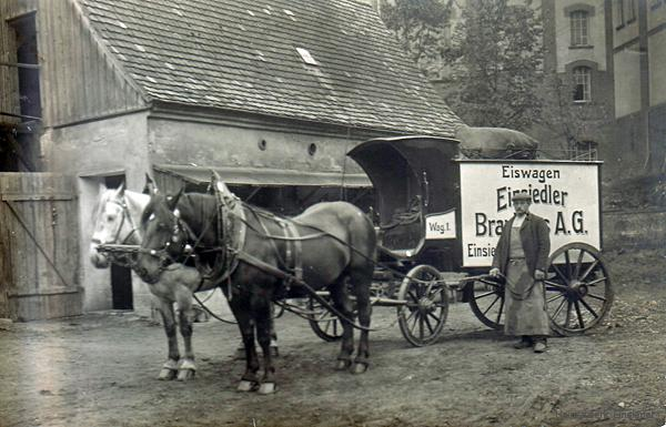 Eiswagen des Einsiedler Brauhauses um 1910