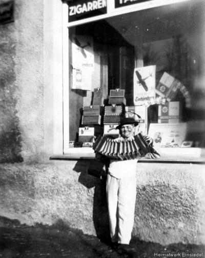 Zigarren-Krause, Einsiedel, Hauptstr. 87 1934, später Destille
