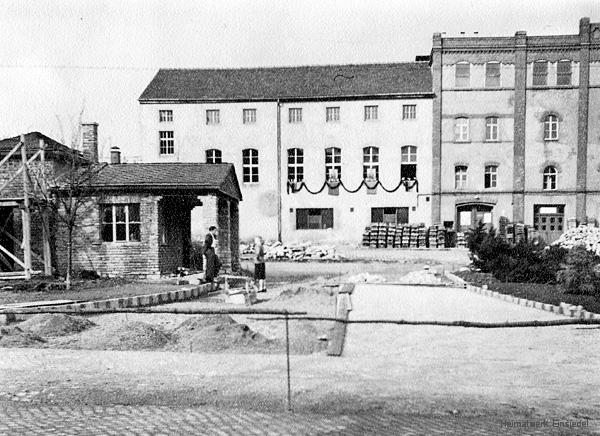 Einsiedler Brauhaus (volkseigen): Bau von Einfahrt und Pförtnerhäuschen