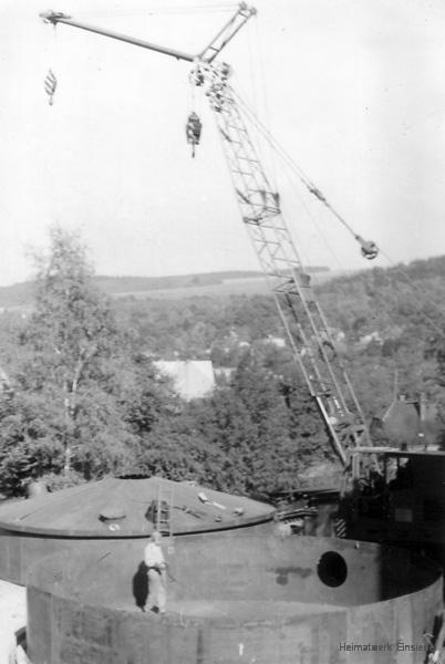 Errichtung von Heizöllagertanks im Einsiedler Brauhaus (volkseigen) im Oktober 1973