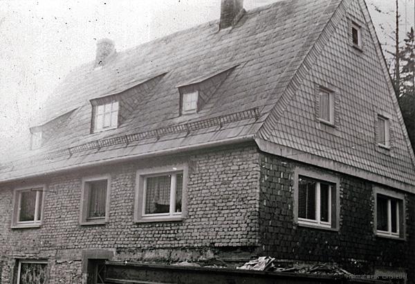 Erzgebirgische Volkskunst Glöß - Umbauten am Haus 1974