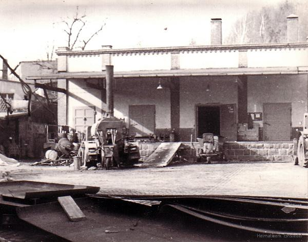Asphaltieren der ehemaligen Fassabfüllung im Einsiedler Brauhaus 1972