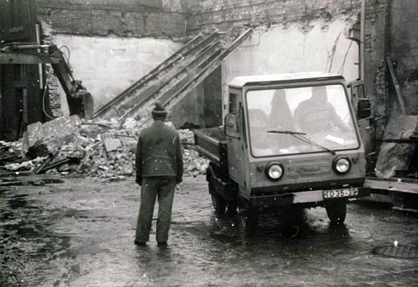 Abbruch alter Lagerräume im volkseigenen Einsiedler Brauhaus 1988