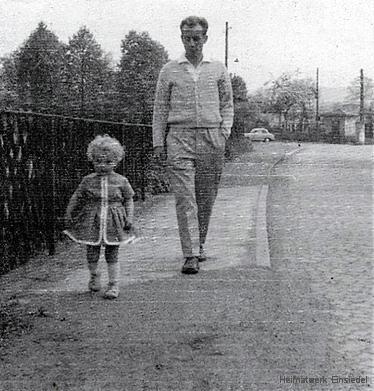 Mühlgrabenabdeckung Einsiedel, Unterdorf,1963, dort auch Beginn der Entlastungsstraße