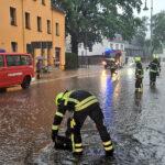 Straßenüberflutung - Bilder vom Tage